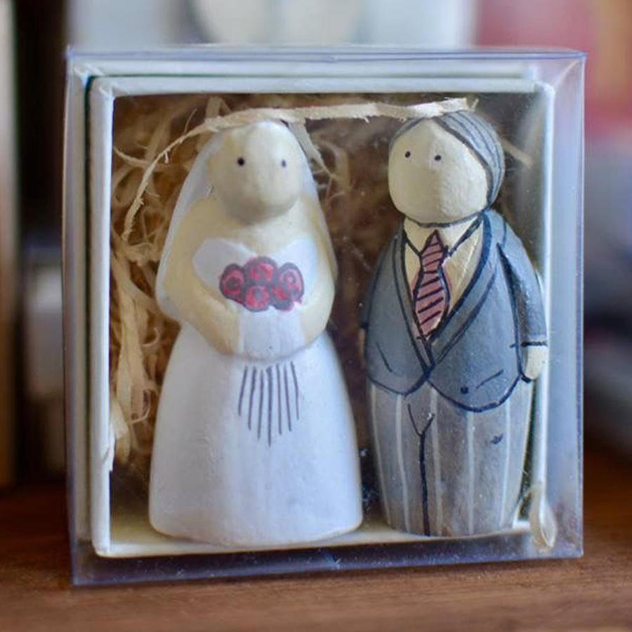 East of India -  Wooden Bride & Groom