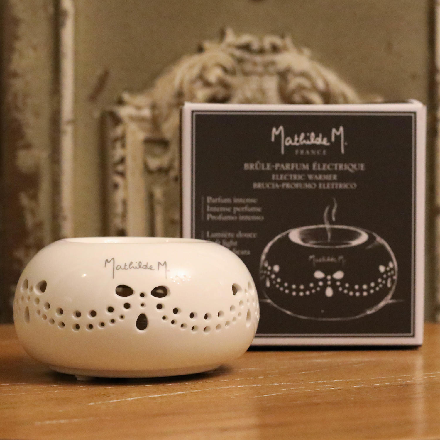 Mathilde M. France - Electric Wax Melt Warmer.