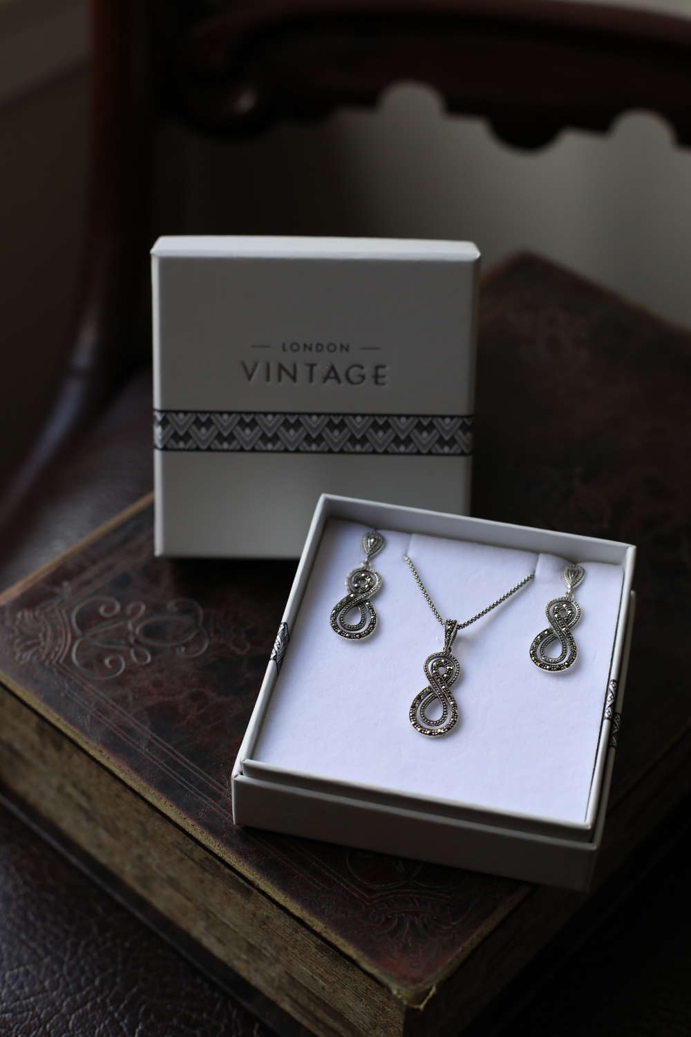 London Vintage - Silver & Marquisite Earring & Pendant Set