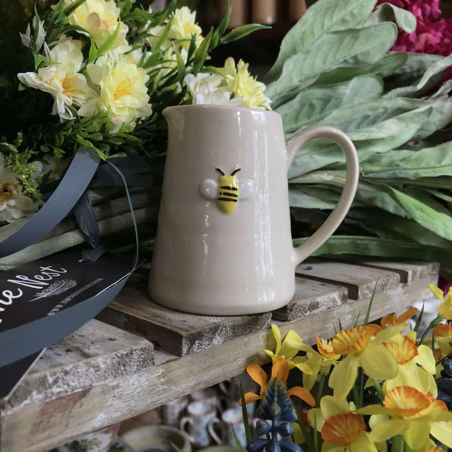 Gisela Graham - Bee Ceramic Mini Jug