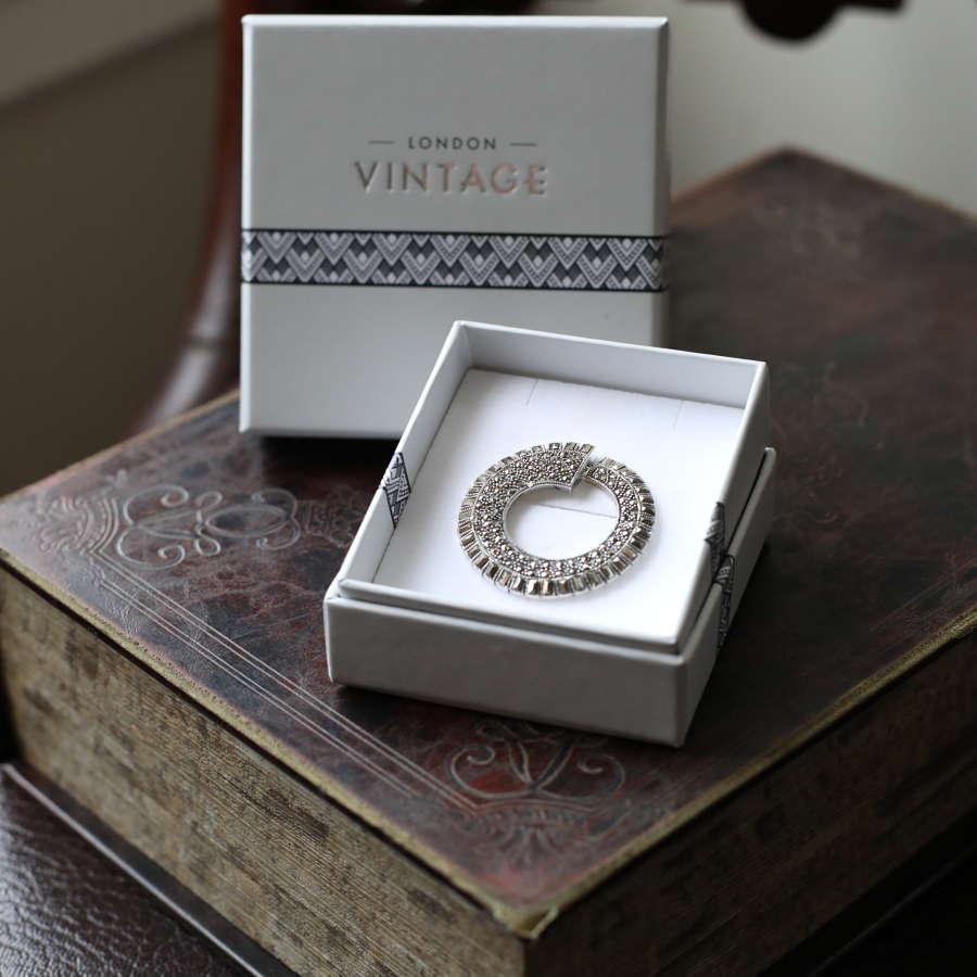 London Vintage - Marcasite & Silver Brooch