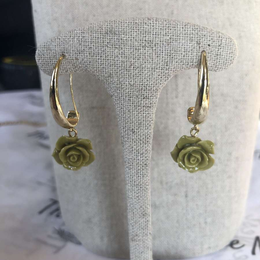 Nour London - Jade Green Flower Earrings