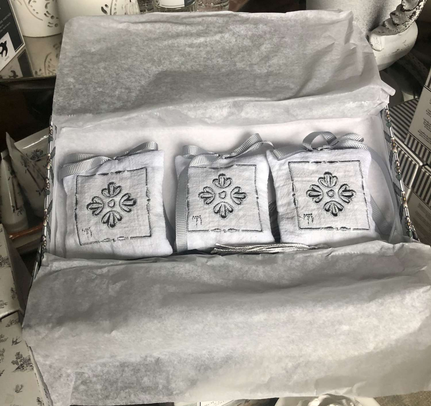 Mathilde M. France - Giftset of 3 Marquise Scented Cushions.